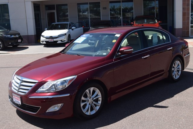 Superb Pre Owned 2013 Hyundai Genesis 3.8